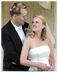 Bröllop omfamning